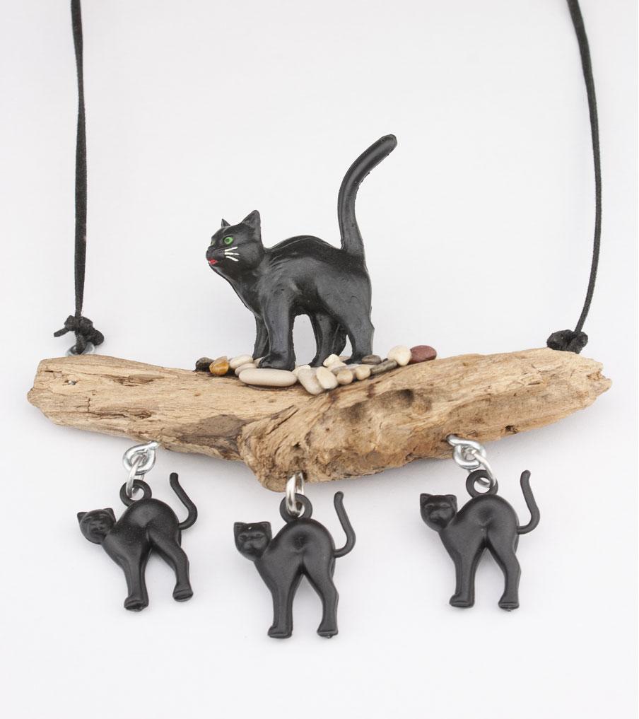 Katten kiezelsteentjes + hout - ketting | Sieraad - Belinda Brama