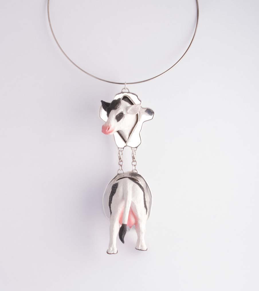 Koe met onderlijf hanger | Sieraad - Belinda Brama