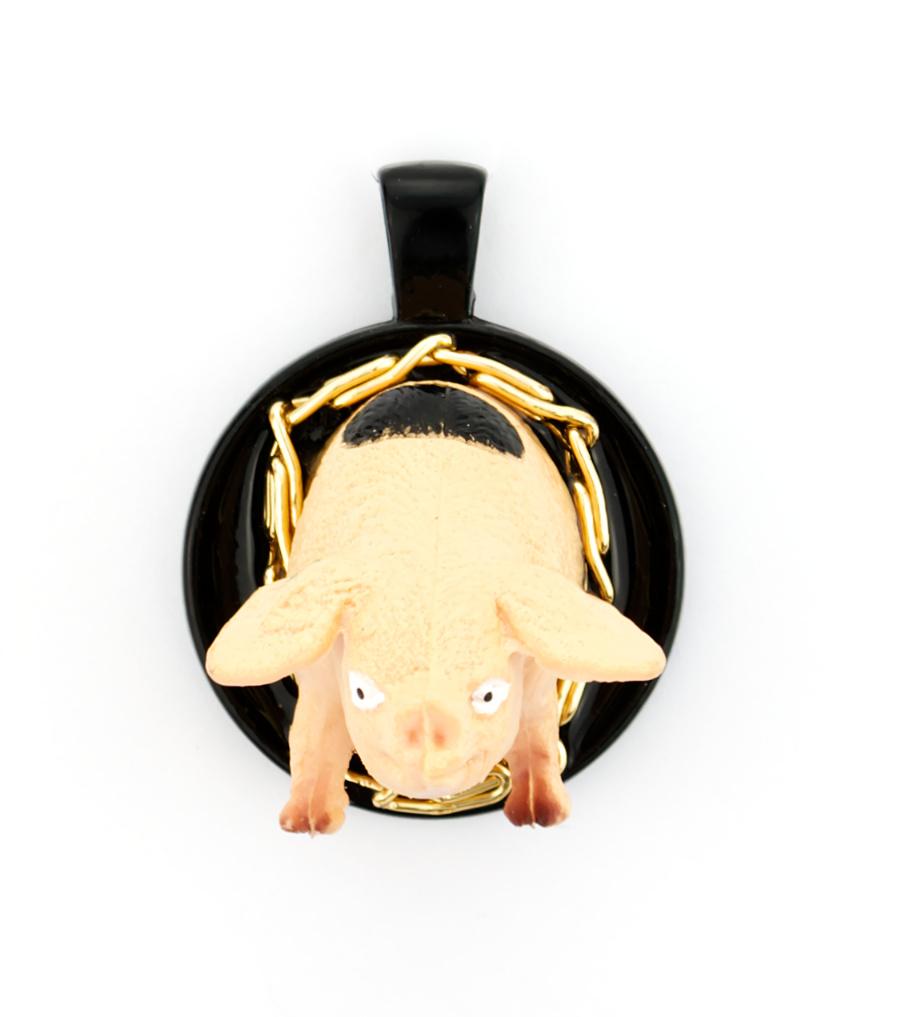 Pig gold black - hanger | Sieraad - Belinda Brama