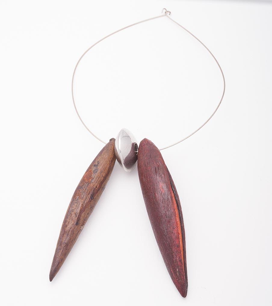Bladeren ketting metaal en plastic | Sieraad - Belinda Brama