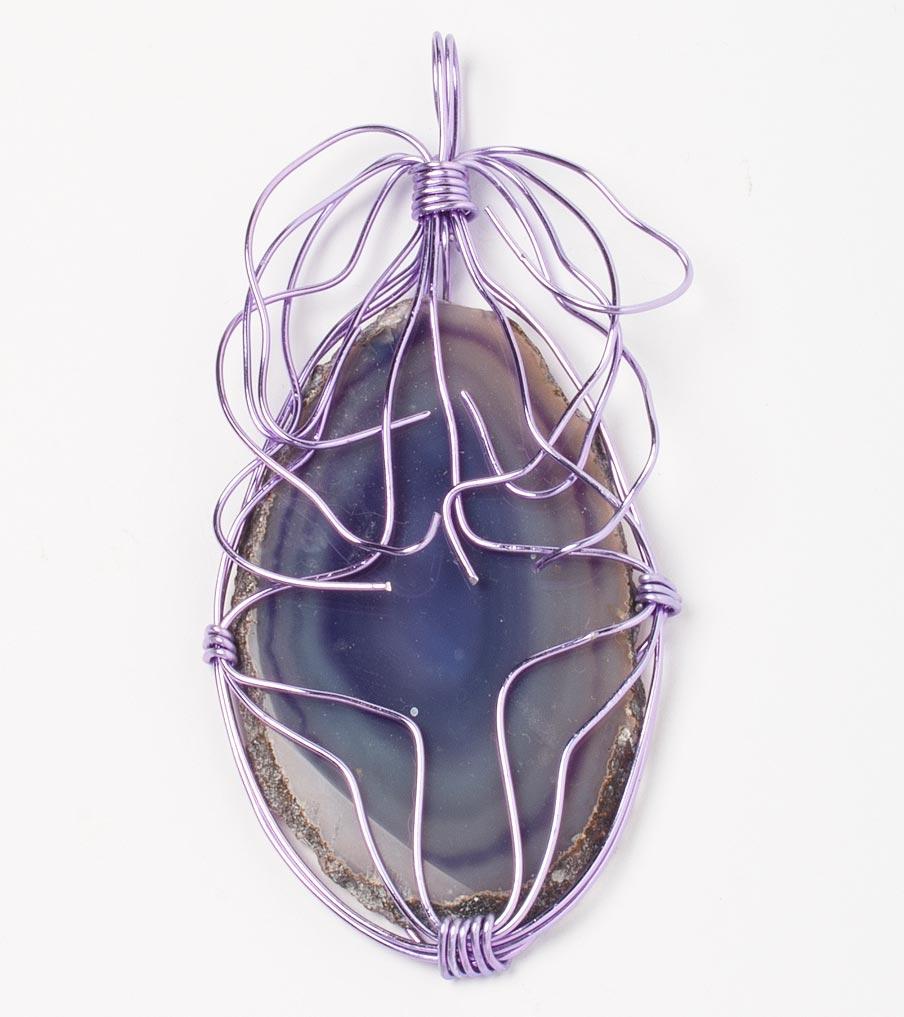 Steen paars hanger wirewrapping | Sieraad - Belinda Brama